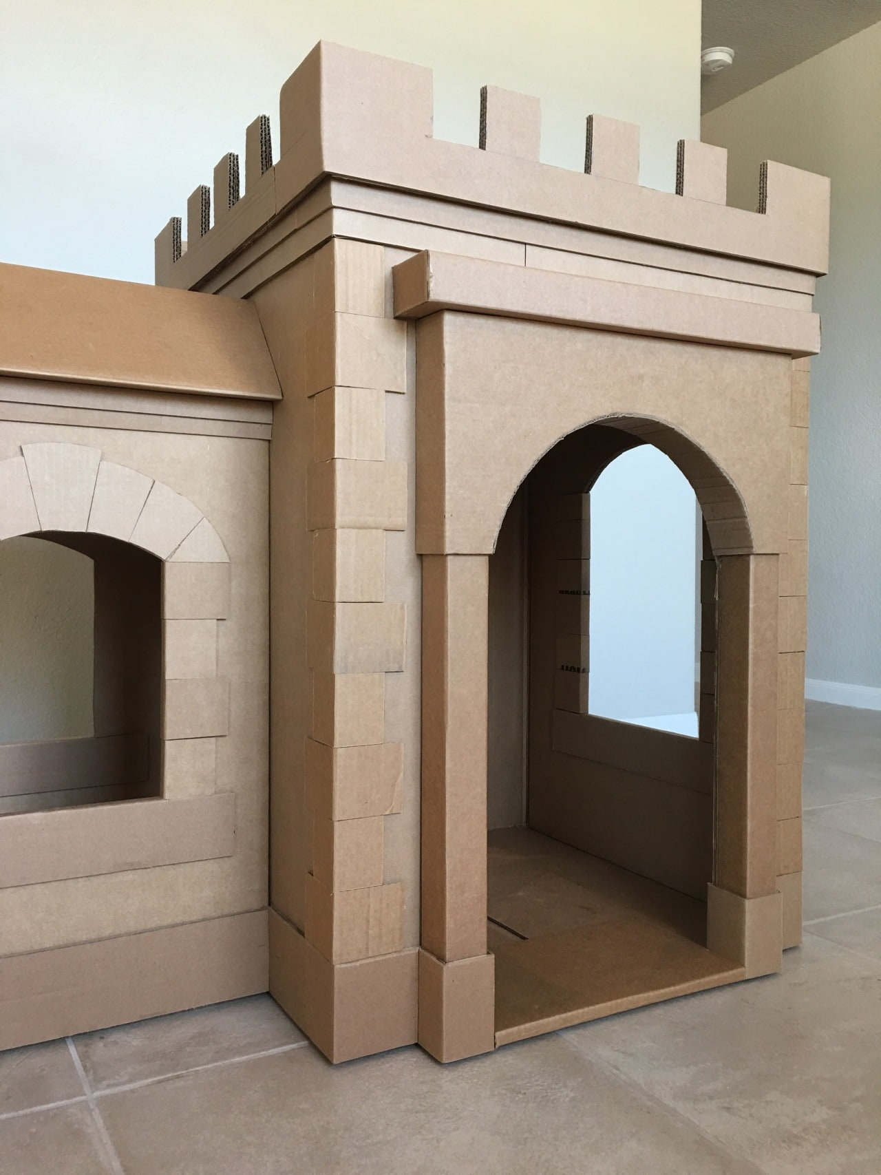 a kid 39 s dream cardboard castle made out of boxes brandon tran. Black Bedroom Furniture Sets. Home Design Ideas